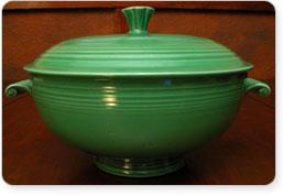 fiesta medium green dish Vintage casserole